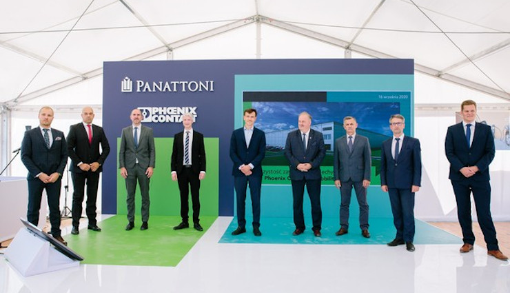 Topping out at the facility constructed by Panattoni for Phoenix Contact E-Mobility - 15,000 sqm high-tech BTS in Rzeszów